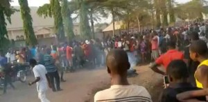 Angry mob set young man ablaze for allegedly stealing N2000 in Benue