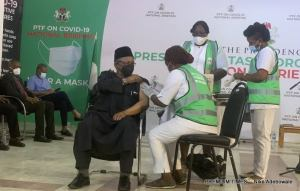 Lai Mohammed, Boss Mustapha and other top officials receive COVID-19 Vaccine