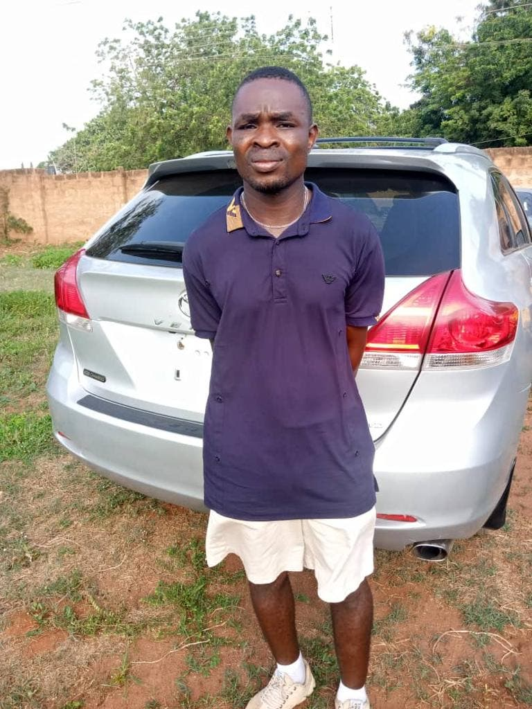 Car thief, Police arrest Car wash attendant who ran away with customer's car, heading for Benin Republic, Effiezy - Top Nigerian News & Entertainment Website