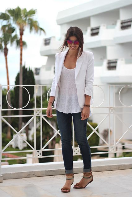 10 Ways How to Wear a White Blazer Basic Tee