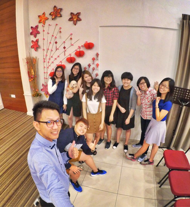 raymond-ong-effye-ang-chinese-new-year-2017-meet-friends-once-a-year-joyce-tan-low-wuan-qi-gereja-joy-soga-joy-church-worship-%e8%8b%8f%e9%9b%85%e5%96%9c%e4%b9%90%e5%a0%82%e6%96%b0%e6%98%a5%e5%b4%87