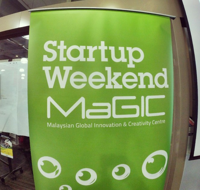 startup-weekend-at-magic-cyberjaya-malaysia-powered-by-google-for-entrepreneurs-social-enterprise-edition-raymond-ong-and-effye-ang-effye-media-online-advertising-a20