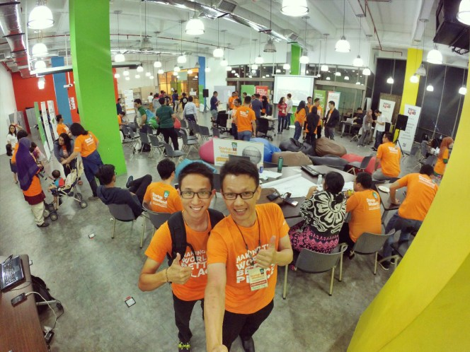 startup-weekend-at-magic-cyberjaya-malaysia-powered-by-google-for-entrepreneurs-social-enterprise-edition-raymond-ong-and-effye-ang-effye-media-online-advertising-a71