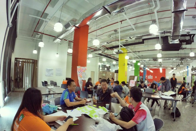 startup-weekend-at-magic-cyberjaya-malaysia-powered-by-google-for-entrepreneurs-social-enterprise-edition-raymond-ong-and-effye-ang-effye-media-online-advertising-b10