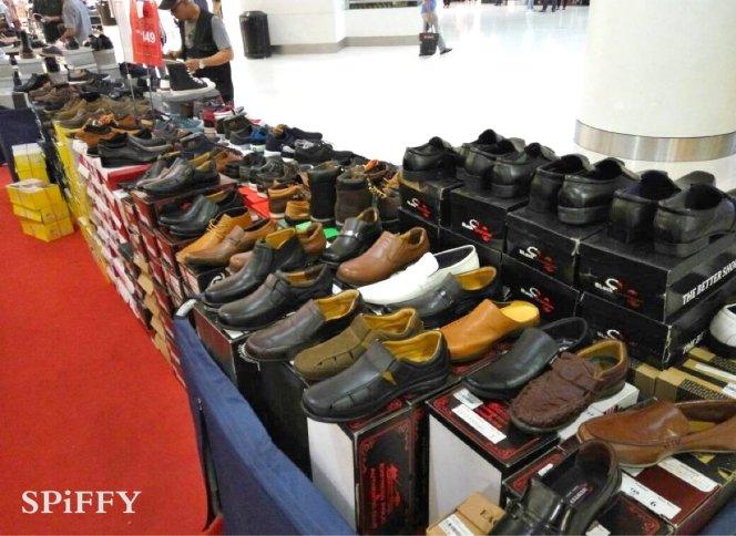 Fashion Shoes Sales Affordable Shoes Red Modani Store at Subang Parade Subang Jaya Selangor Malaysia Spiffy Fasshion Shoes Season Clearance Stock Spiffy Fair A06