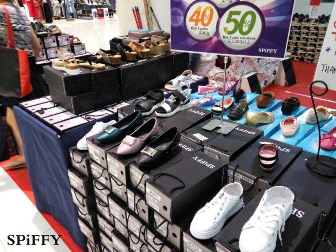 Fashion Shoes Sales Affordable Shoes Red Modani Store at Subang Parade Subang Jaya Selangor Malaysia Spiffy Fasshion Shoes Season Clearance Stock Spiffy Fair A12