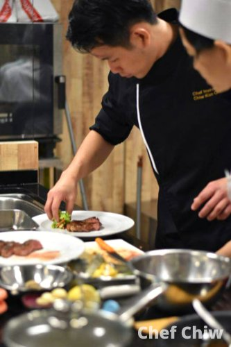Chef Chiw Kian Ong Chef at Roundabout Bistro N Cafe Batu Pahat Johor Malaysia Make mistakes and learn from themstay humble and determined A01-02