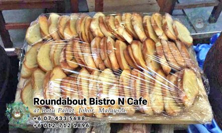 峇株巴辖自助餐龙猫特色中西餐厅 复古式建筑咖啡厅 马来西亚柔佛峇株巴辖地标交通圈小酒馆 公司聚会 Batu Pahat Roudabout Bistro N Cafe PC01-30
