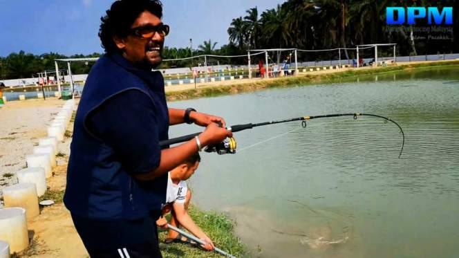 Kolam Memancing Simpang Sikon - Kolam Memancing Ikan Parit Raja Batu Pahat Johor Malaysia B16