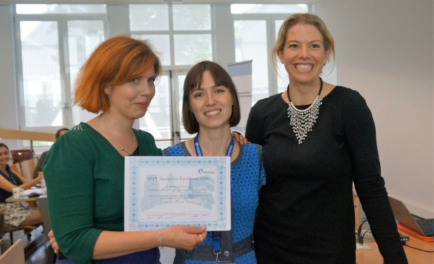 President Livia de Picker and the Swedish delegation accepting the award