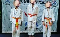 Compétition de judo podium Loulou