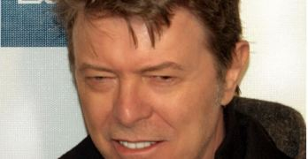 David Bowie, Dead at 69 (VIDEO)