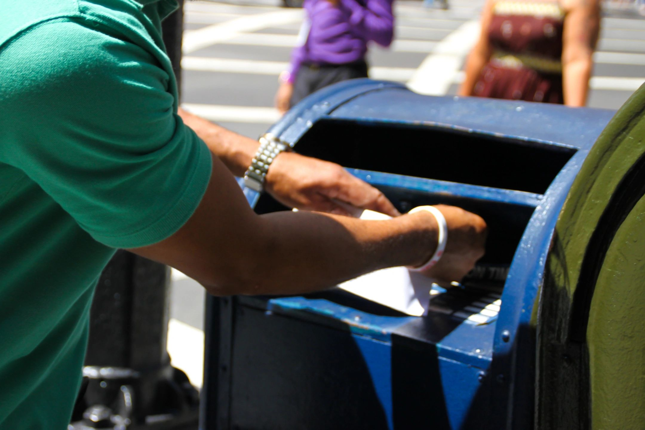 U.S. Postal Service more proof the government more efficient than the private sector