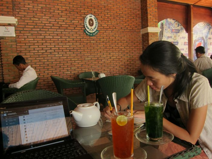 House of Coffee, Pursat. Free Wifi, hand cut fries, unlimited tea.
