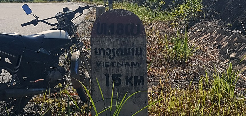 Crossing the bo y border, Laos to Vietnam, Attapeu to Kon Tum