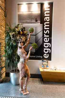 the living statue and the eggersmann showroom marquis