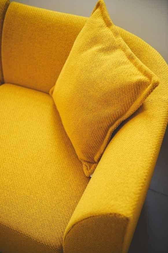 Motu Chair