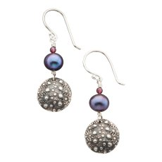 SU-E-01, Sea Urchin Earring. SS, Freshwater Pearl. Wholesale $23. $300 total minimum on first wholesale order.