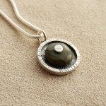 river-stone-pendant-h