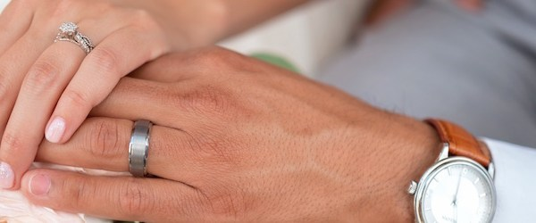 Mariage catholique : remise des alliances