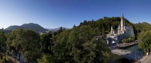 22 juin 2010 : Vue générale des sanctuaires de Lourdes (65), France.