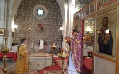 Богослужения при закрытых дверях в Свято-Серафимовском храме в Бордо