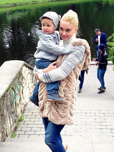 Павел Прилучный, жена и дети. Фото / Жены актеров ...