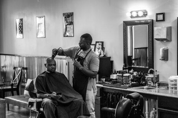 Jacob-Bagley-cutting-hair-at-ego-barber-lounge