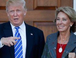 Trump selecciona activista antigay para la Secretaría de Educación
