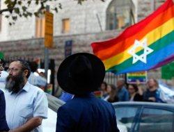 Comunidad LGBT protesta contra rabino en Jerusalén