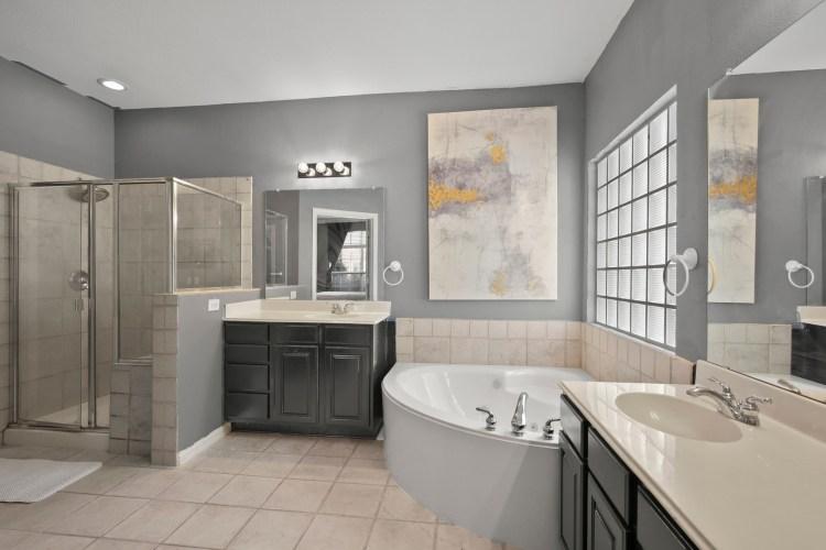 west plano sober living bathroom