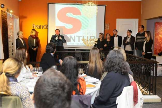 Durante apresentação de Balneário Camboriú e região. - Foto Divulgação.