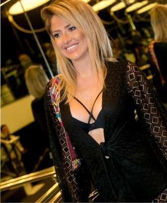 Lorraine-de-Medeiros-Foto_-Larissa-Trentini-330x400 Title category
