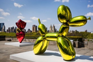 Jeff-Koons-Contemporary-balloon-dog-yellow