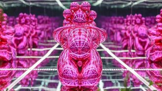 Balloon Venus by Jeff Koons