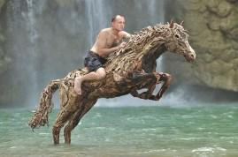 sculptures-de-chevaux-en-bois-flotte-par-james-doran-webb-07