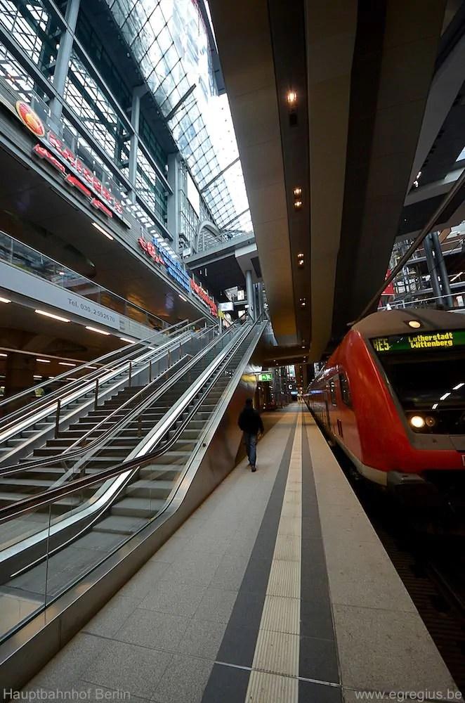 Hauptbahnhof Berlin 13