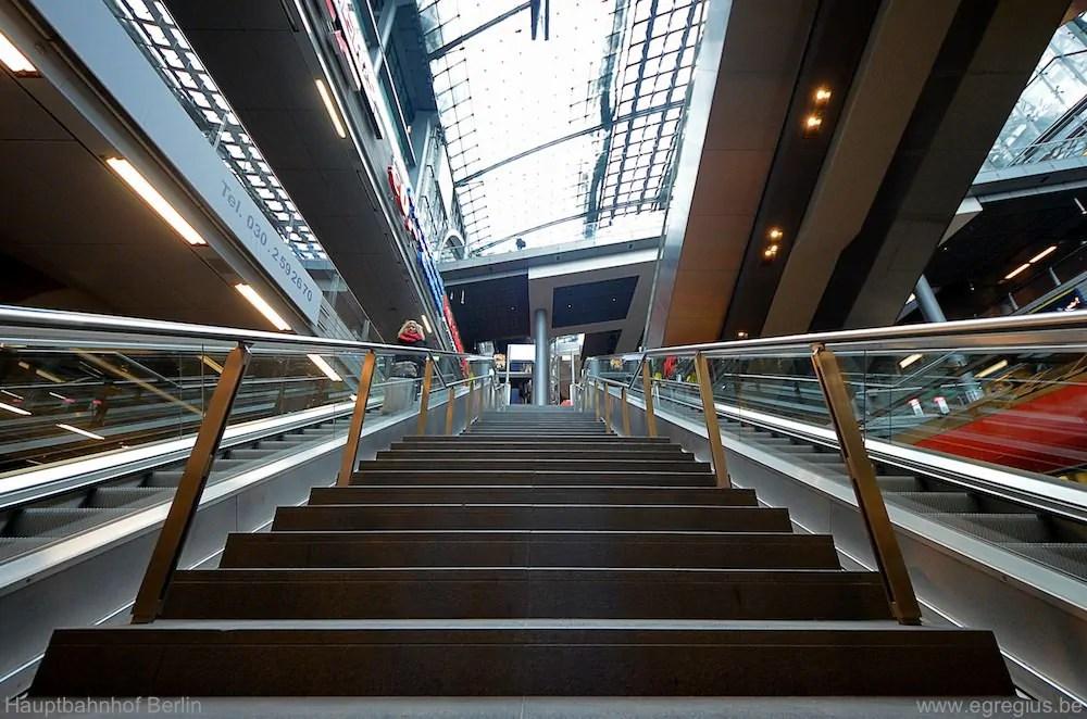 Hauptbahnhof Berlin 14