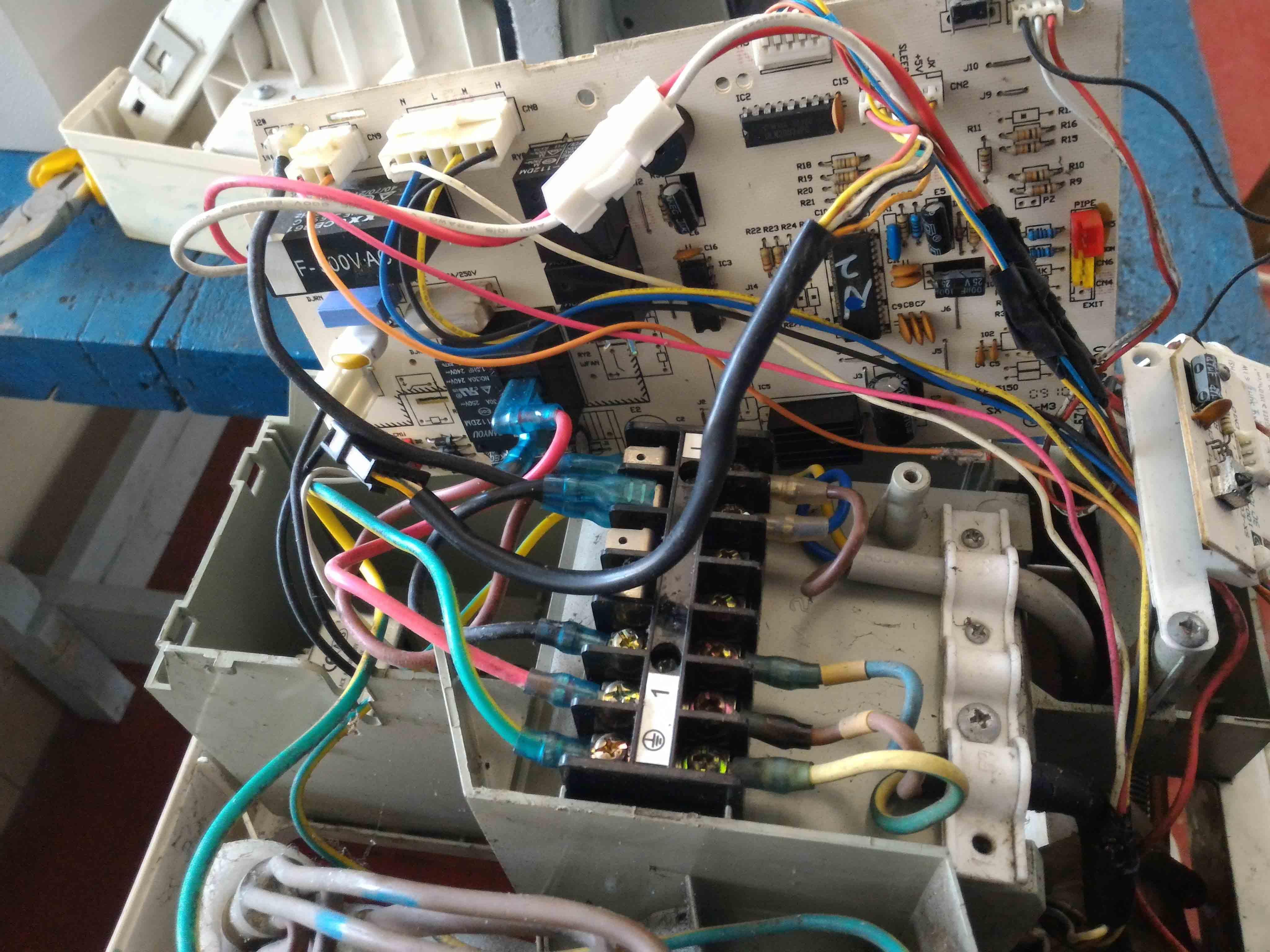 Instalasi Kelistrikan pada Proses Pemasangan AC Split