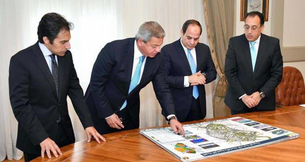 وزير الرياضة مع السيسى