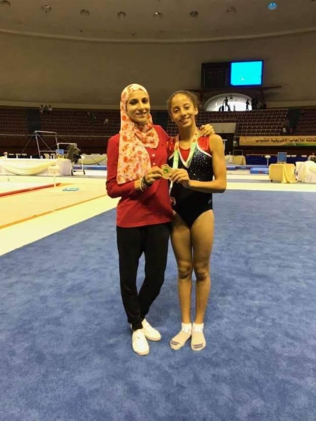 لاعبة نادى الزهور نغم أيمن للجمباز الفنى على المركز الأول والميدالية الذهبية فى بطولة الألعاب الافريقية