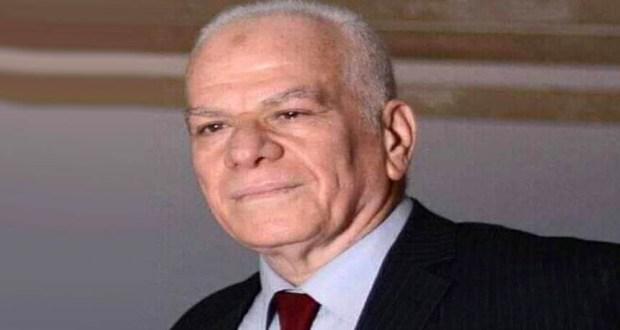 صيدلي عبد الرحمن فتيح صاحب ومدير صيدليه مكة الاسماعيلية
