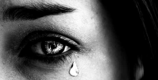 Глаза плачут – Слезятся глаза постоянно или на улице у ...