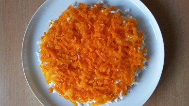 Salat-Mimoza-s-kuricej6