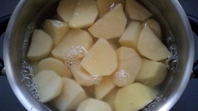 Картошка с тушенкой 1