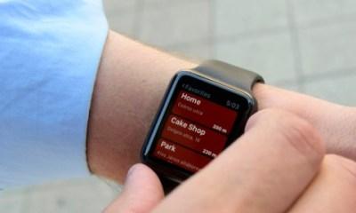 Aplicație pe ceas și telefon pentru nevăzători
