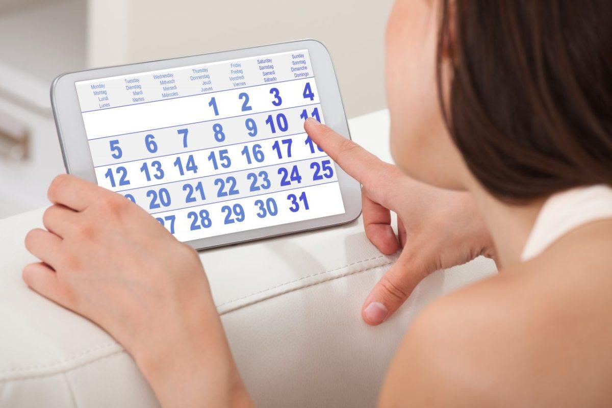Calendar menstrual pentru ciclu neregulat: cum calculezi perioada fertilă