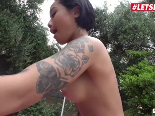 ScamAngels – Honey Gold And Summer Day Hot American Teen Sluts Kinky Outdoor Threesome