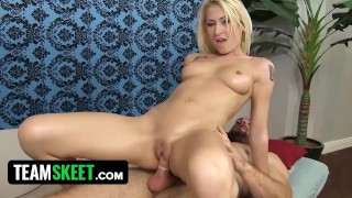 Petite Slutty Babe Stacie Andrews Turns Relaxing Full Body Oil Massage Into Deep Internal Massage