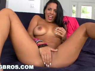 BANGBROS – Cuban Girl Luna Star Is a Chonga with a Big Ass (ch10901)